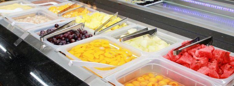 Frische und eingelegte Früchte